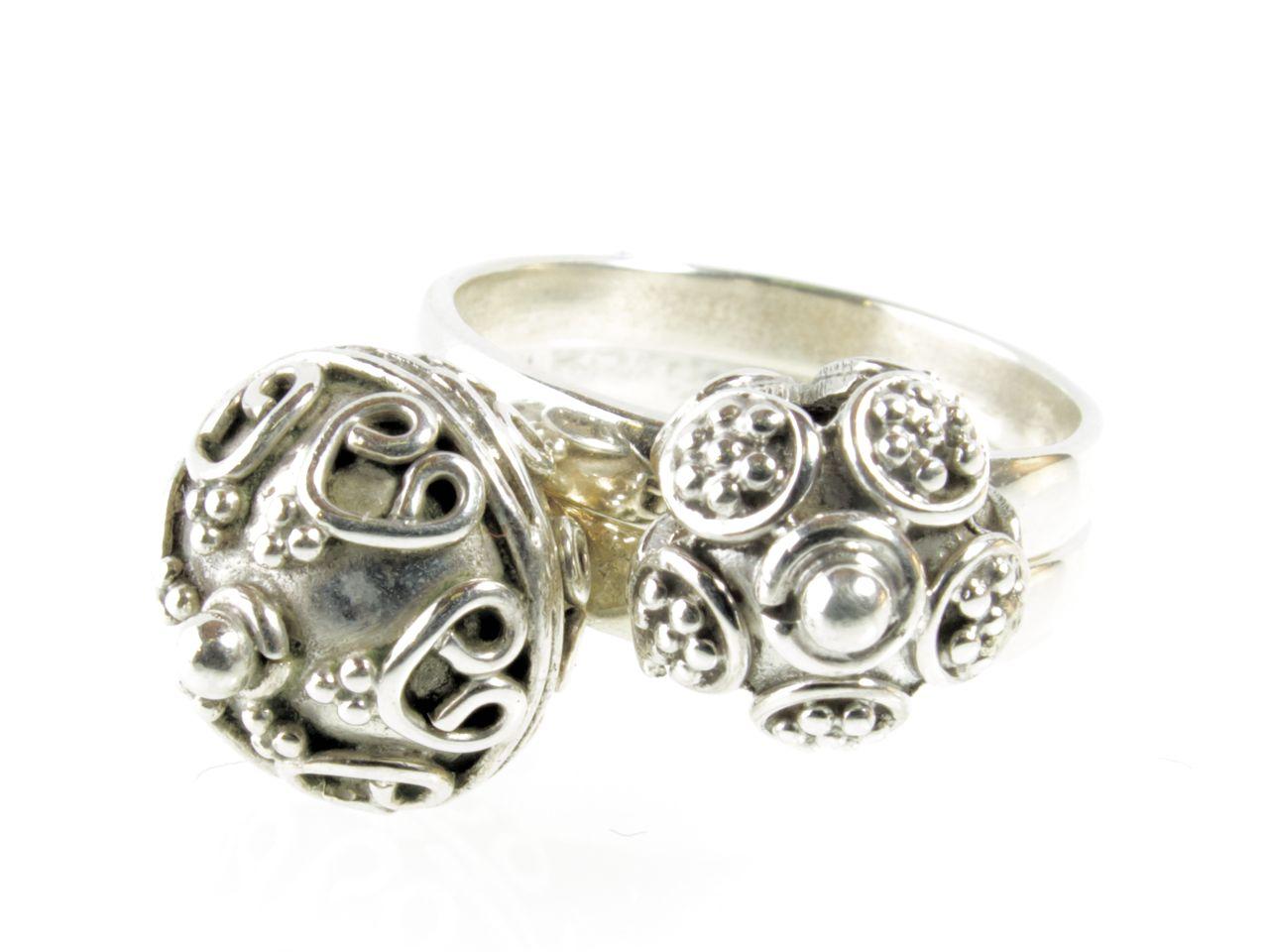 R1144 Z En R1145 Z Etruskische Zilver Ball Ring
