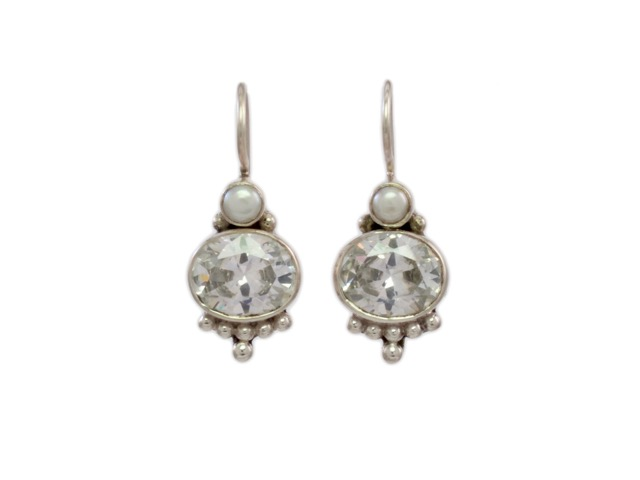 Silver Earring Oval Zircon With Pearl – E3012