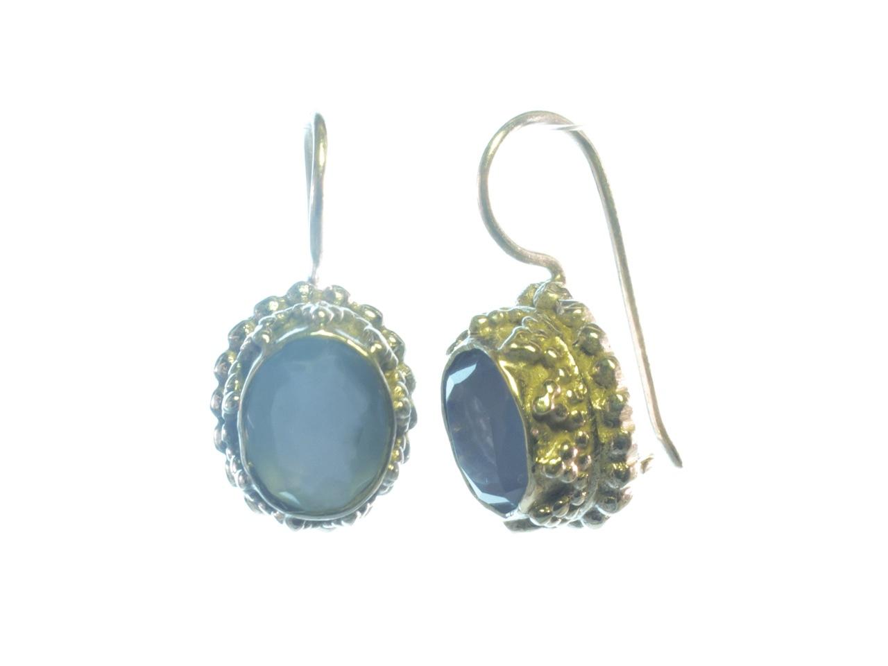 E3b-Z ovale blauwe chalcedoon