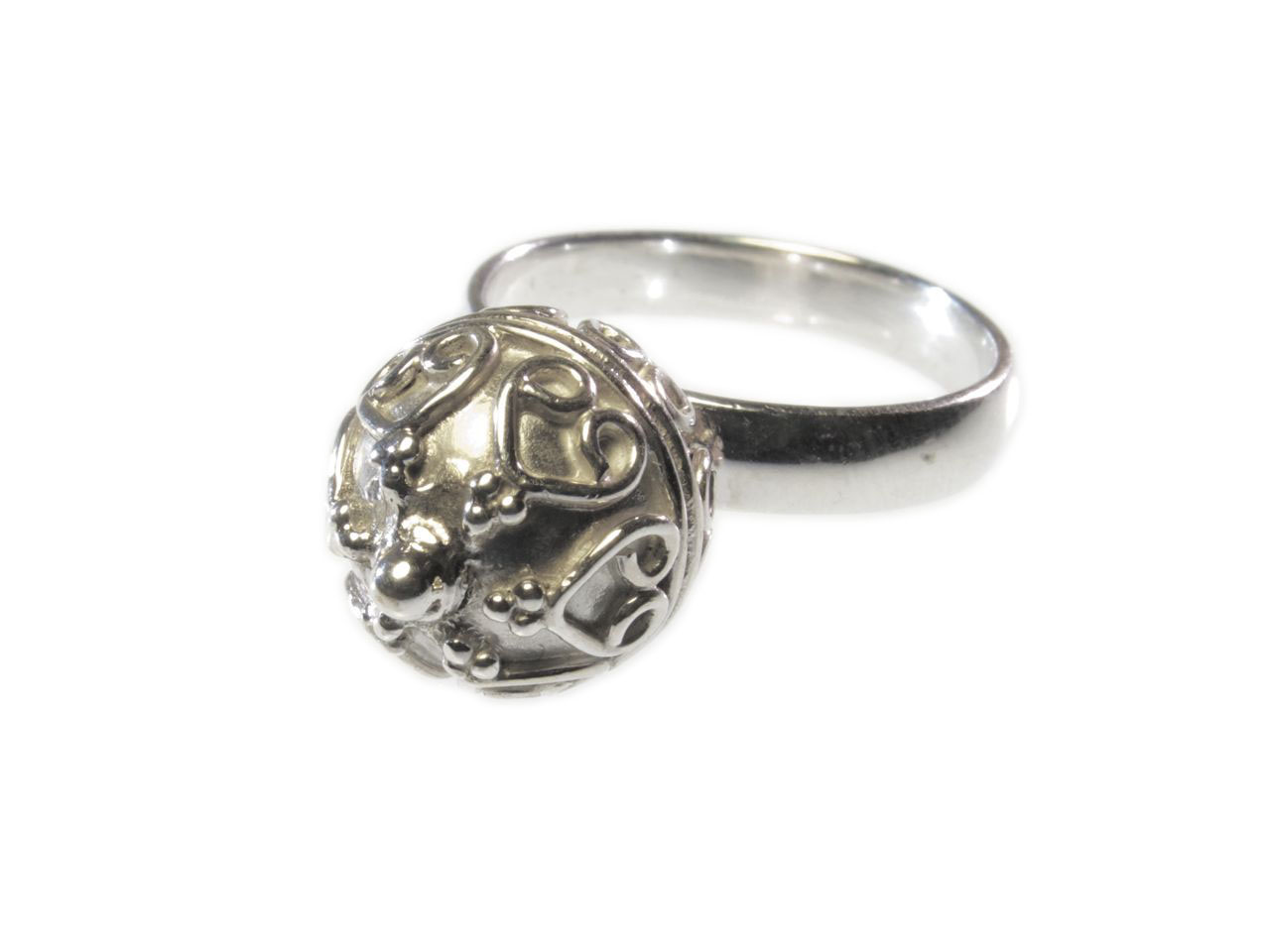Ring With Etruscan Silver Ball – Big