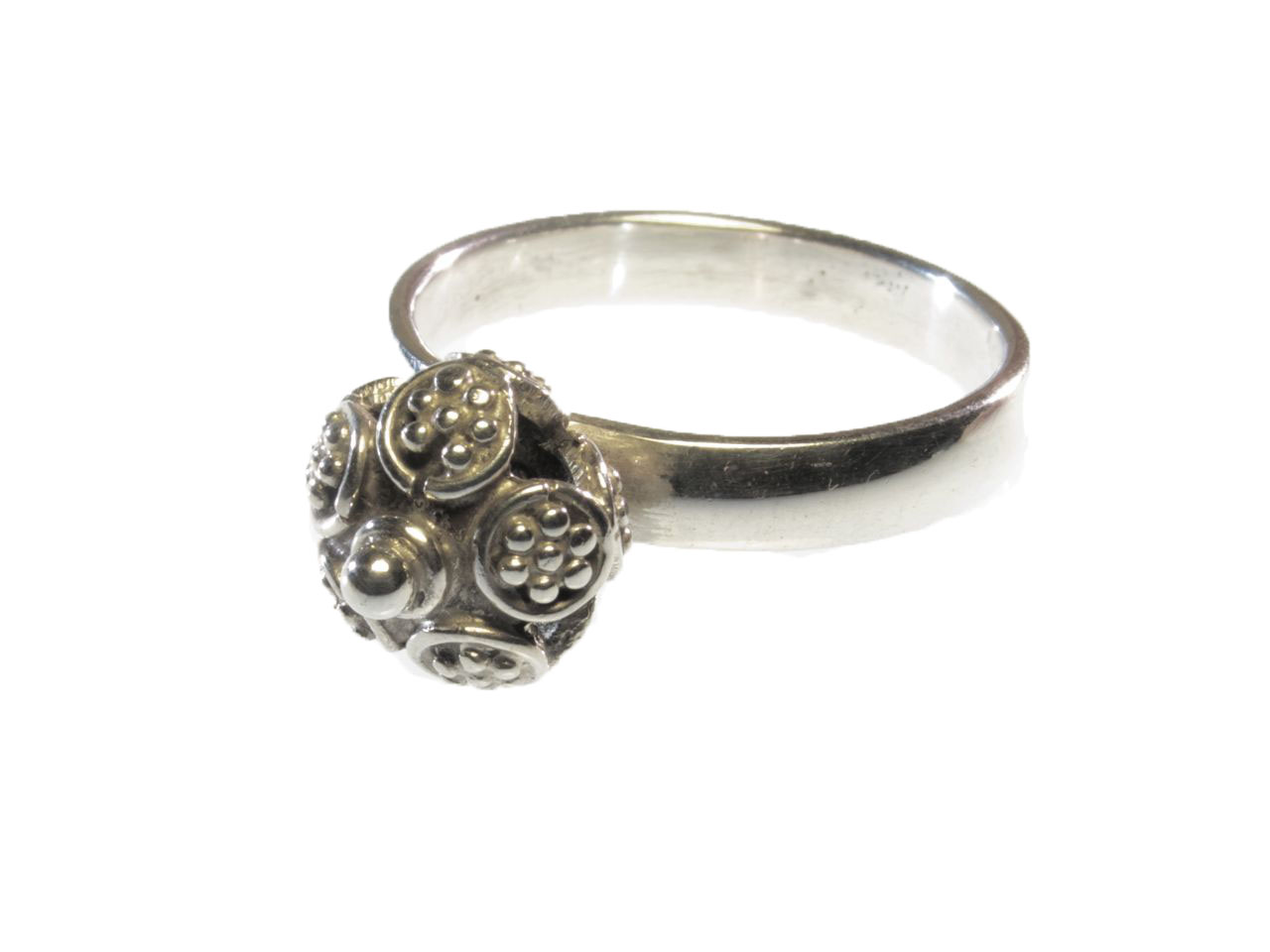 Ring With Etruscan Silver Ball – Small