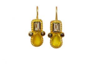 Earring Smokey Topaz And Yellow Onyx In Etruscan Setting – E1032