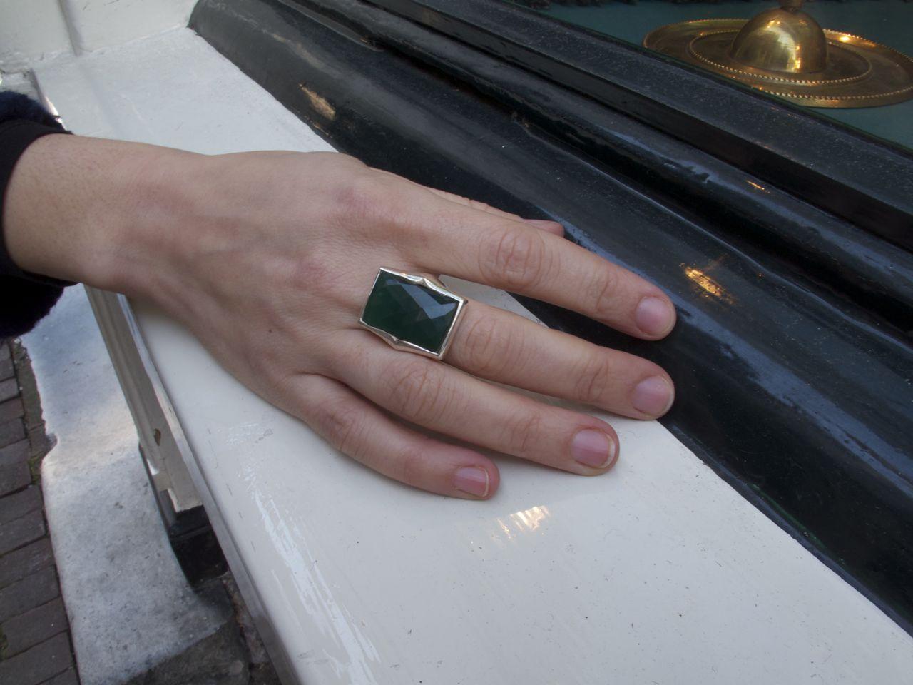 R614-Z Rechthoek Facet Geslepen Groene Onyx Ring