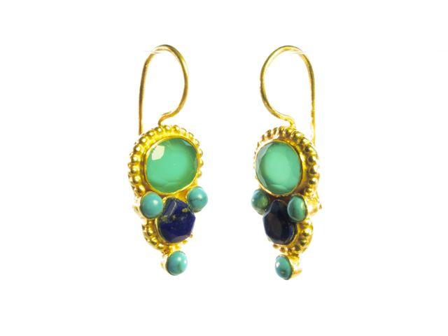 Ovale green onyx en traandruppel lapis lazuli Etruskische oorbellen E13118