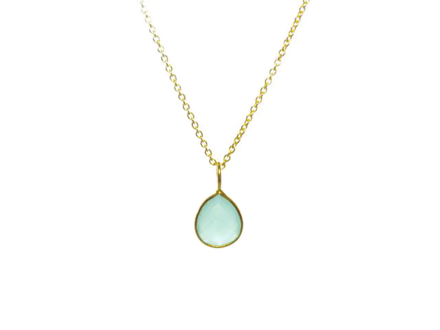 Gold Pendant Chalcedony Tear Drop In A Fine Setting – P1006