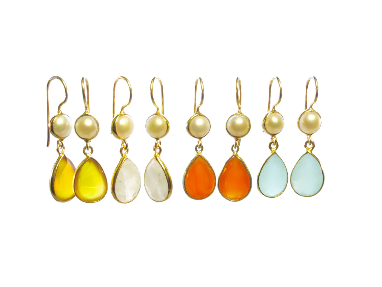 E6917 V Earring Different Colors And Pearl