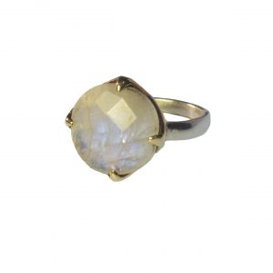 Sweet Romantic Flat Ring In Moonstone – R1134