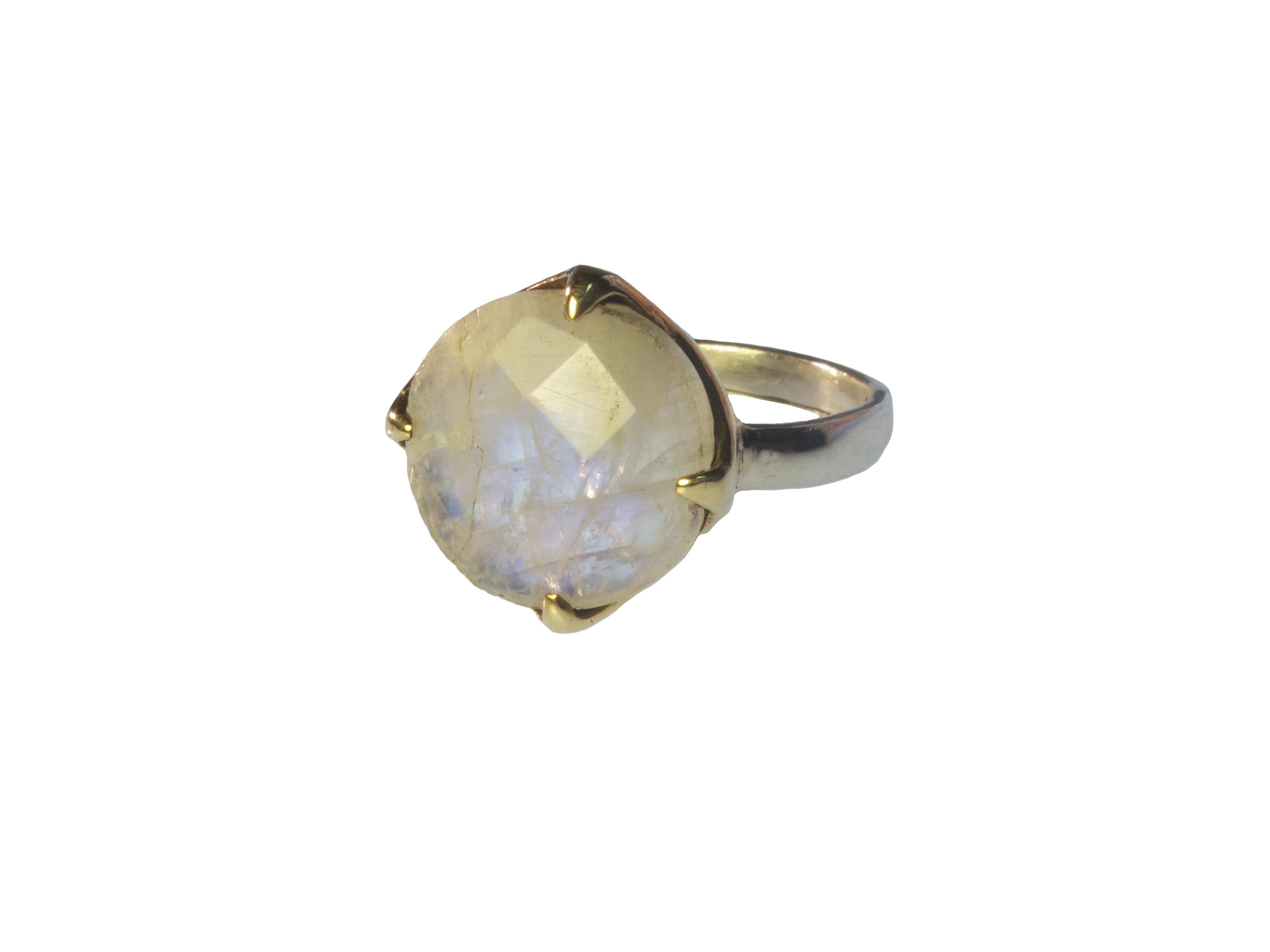 Sweet Romantic Flat Ring In Moonstone – R1134