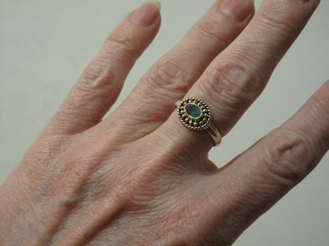 Asian Etruscan Small Ring R1015