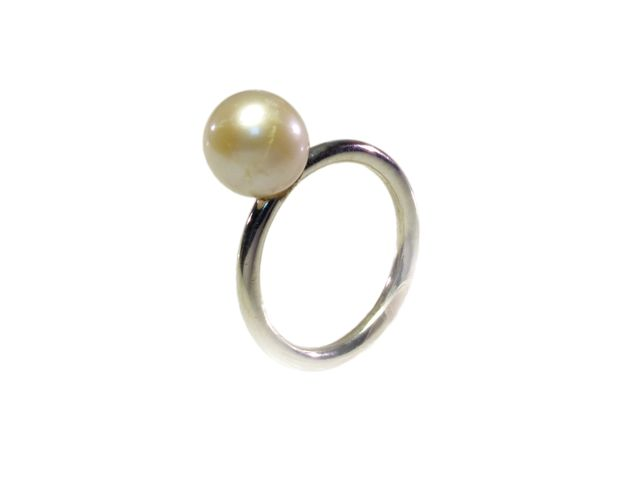 Silver Freshwater White Pearl Ring – R1456
