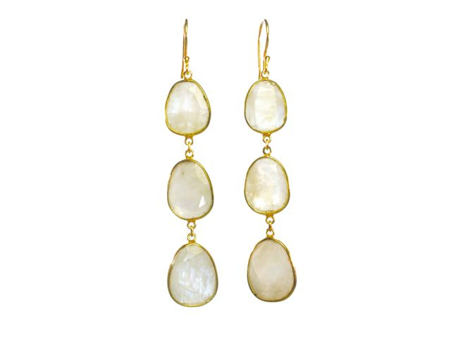 Earring Three Drops Moonstone In Fine Setting – E1362