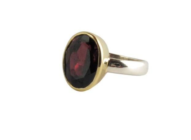Ovale garnet ring R7704-V