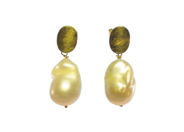 Earring Freshwater Natural Pearl Studs – Only One Left