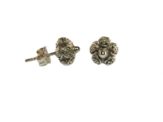 Small Stud Silver Earrings Asian Etruscan – E9531