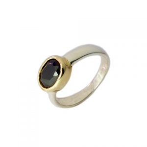 Ring With Oval Facet Cut Small Black Onyx – R9501